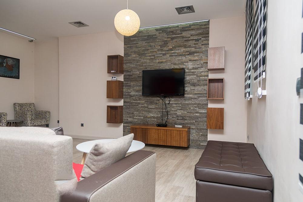Apartman Panorama LUX, StanNaDan,WIFI, Parking, klima, 3 sobe, 2 kupatila
