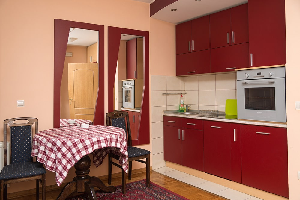 Apartman Trg Svetog Save, Apartmani Užice, WIFI, Parking, Kablovska