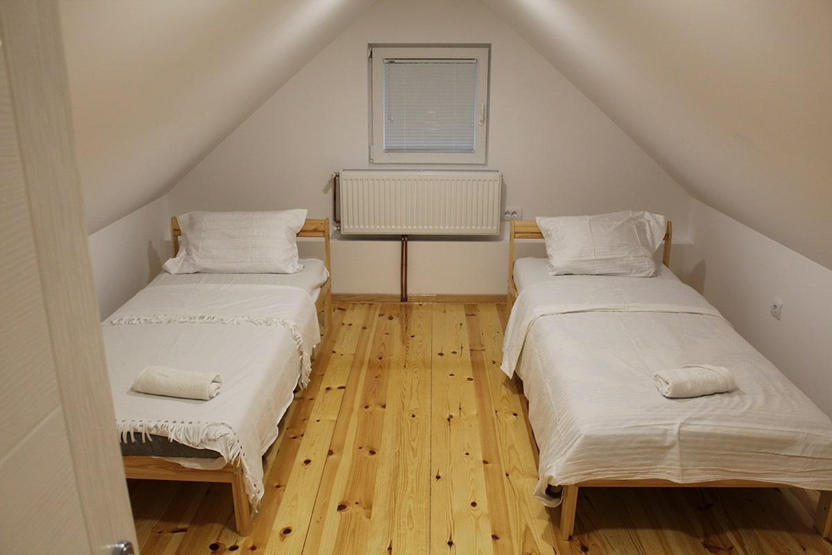 spavaca soba 3 sa 2 singl ikea kreveta udobna za spavanje